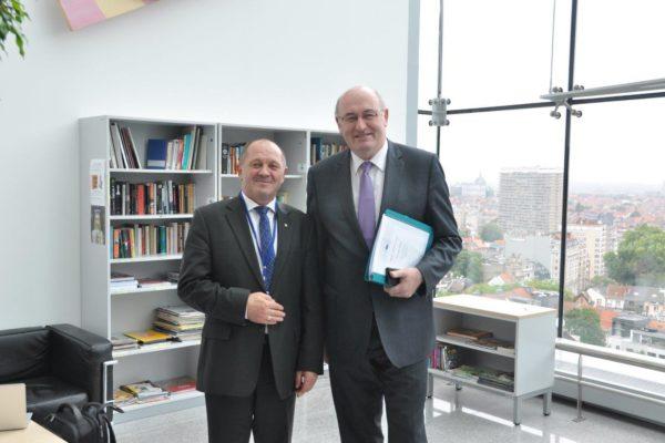 Z komisarzem Unii Europejskiej ds.rolnictwa irozwoju obszarów wiejskich Philem Hoganem